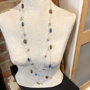 NWOT fashion double long chain with stones / silve